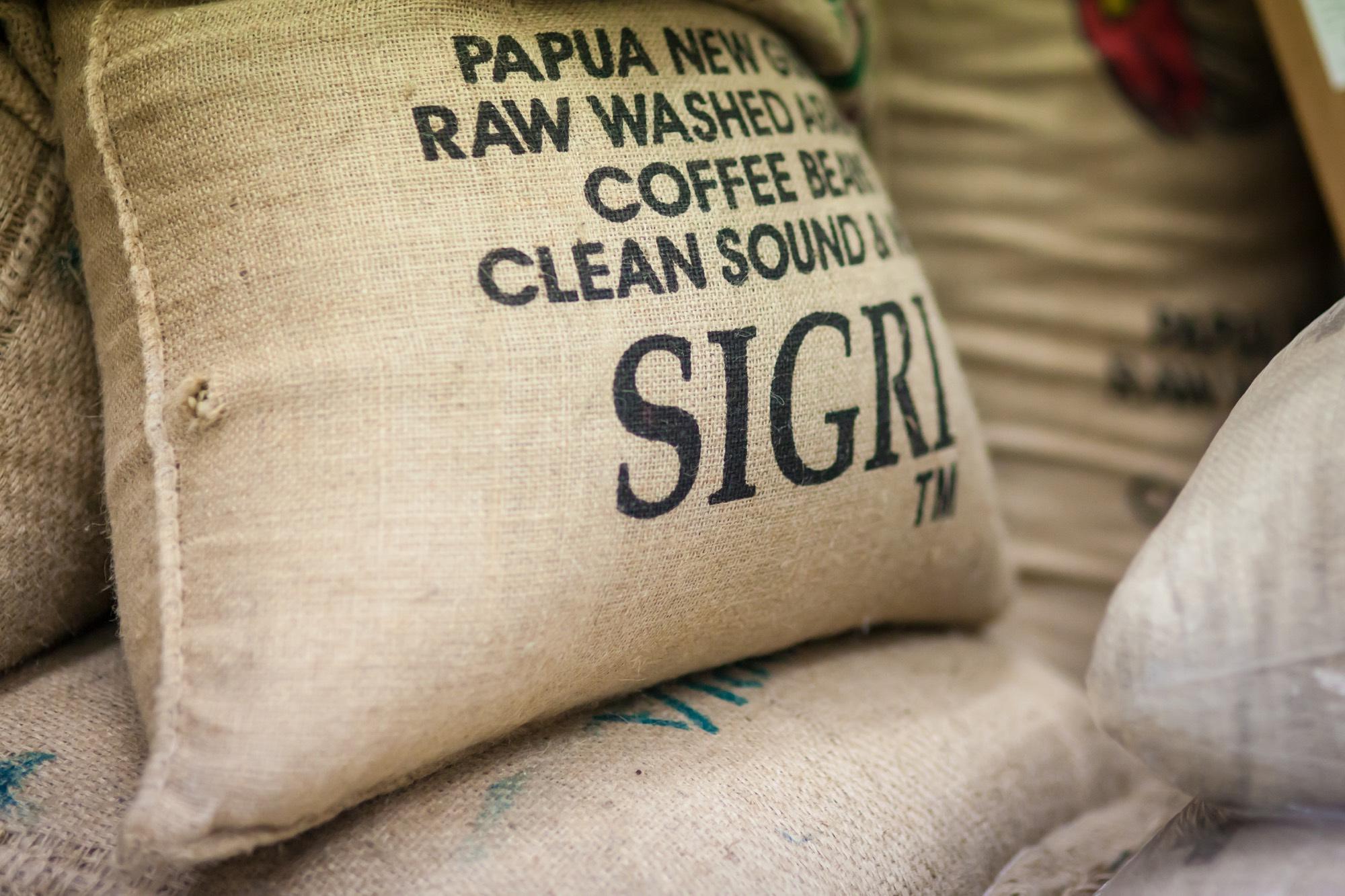 HARING KAFFEE - Ausgewählter Rohkaffee